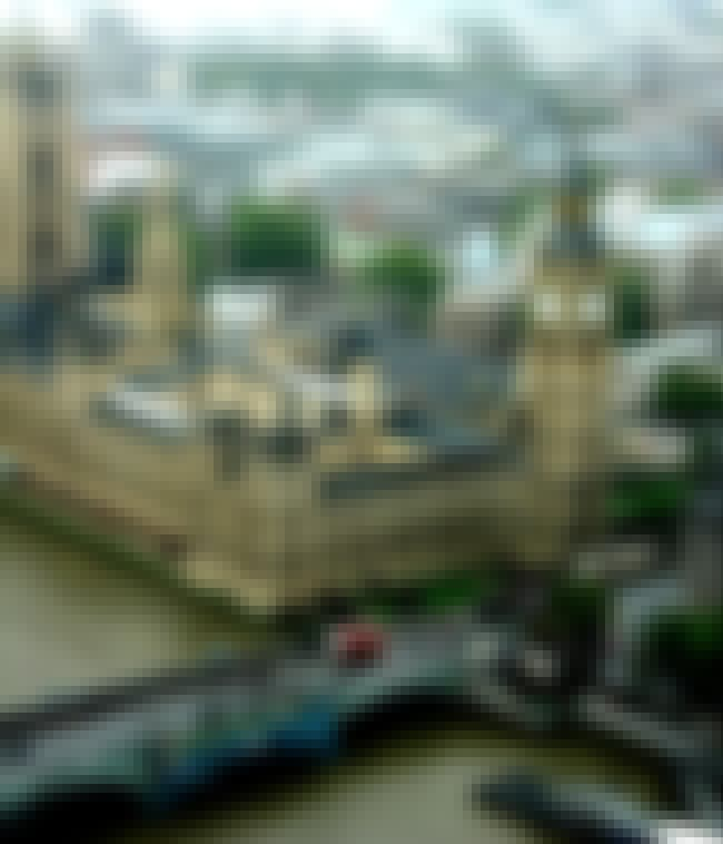 Itty-Bitty Big Ben and the Cot... is listed (or ranked) 3 on the list Unreal Tilt-Shift Photos of Landmarks