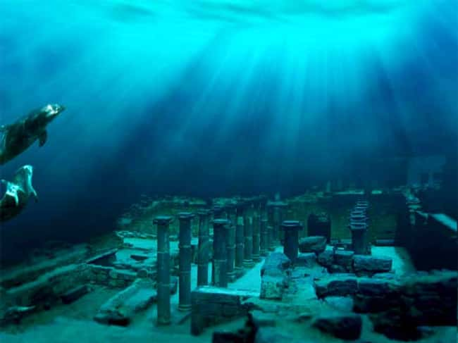 Dolphins Visit the Ancient Ind is listed (or ranked) 6 on the list The Most Amazing Photos of Underwater Cities