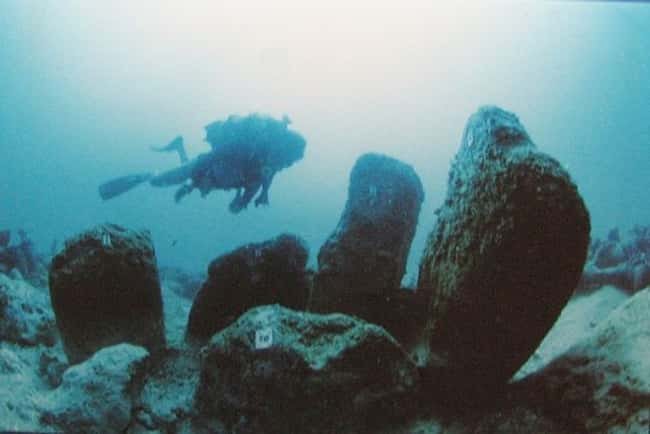 Atlit-Yam, Israel's Ancien is listed (or ranked) 14 on the list The Most Amazing Photos of Underwater Cities