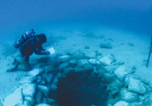 The Underwater Springs of Atli is listed (or ranked) 21 on the list The Most Amazing Photos of Underwater Cities