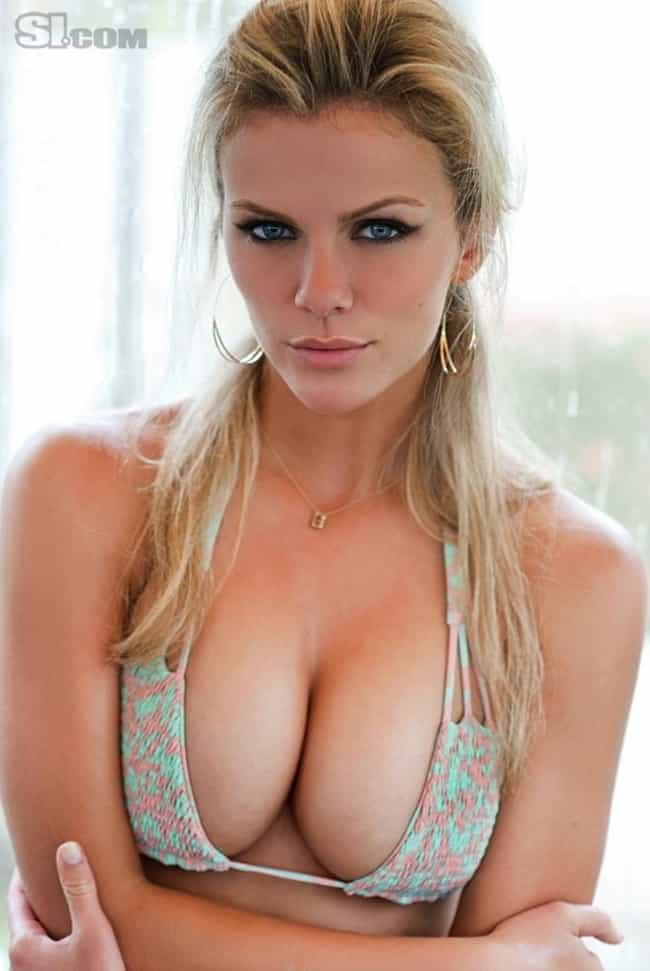 Brooklyn Decker close-up on bu... is listed (or ranked) 3 on the list Hot Brooklyn Decker Boobs Pics