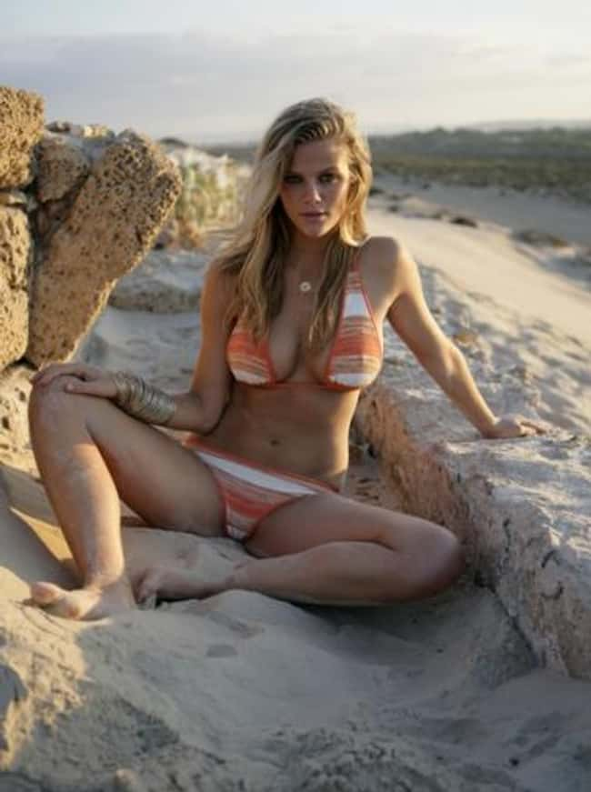 Brooklyn Decker sitting on san is listed (or ranked) 14 on the list Hot Brooklyn Decker Boobs Pics