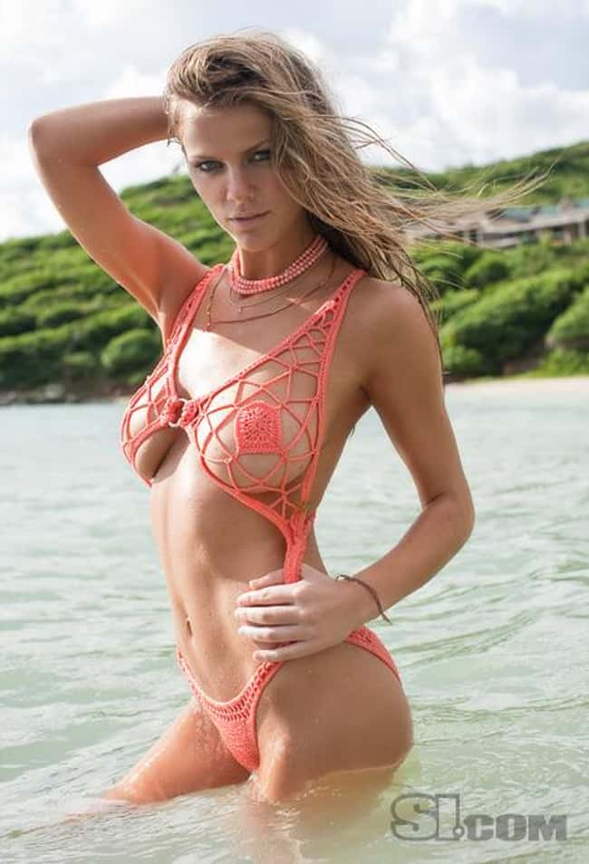 Brooklyn Decker in a really ne is listed (or ranked) 5 on the list Hot Brooklyn Decker Boobs Pics
