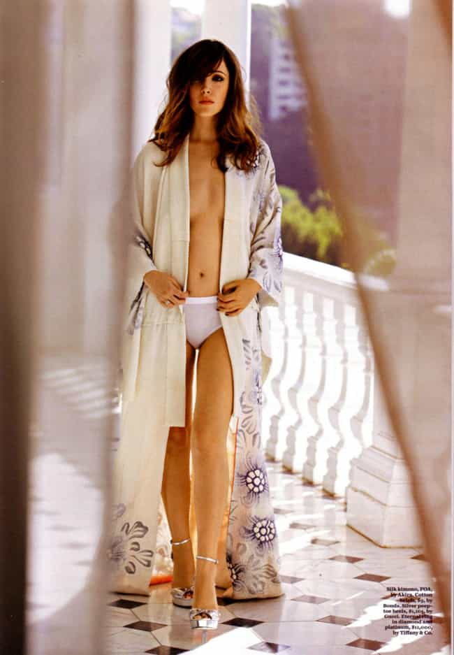 Rose Byrne Heading Out For A M... is listed (or ranked) 1 on the list The 36 Hottest Rose Byrne Photos
