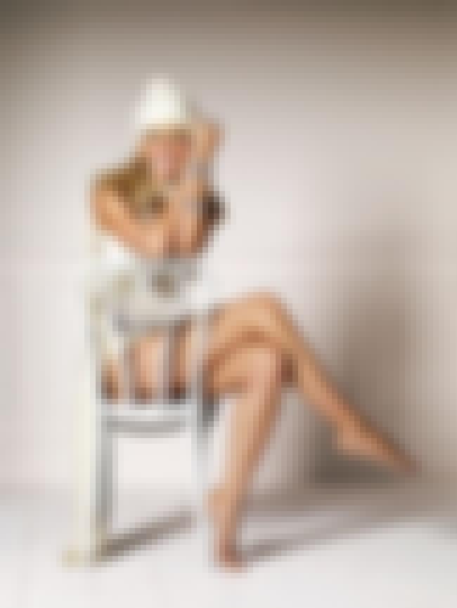 Heidi Klum Tiptoe is listed (or ranked) 3 on the list Heidi Klum Feet Pics