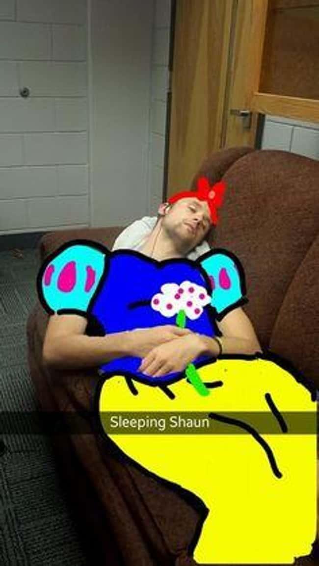 shaun had a fun night photo u1?w=650&q=60&fm=jpg - Le top des Snapchats du lendemain matin