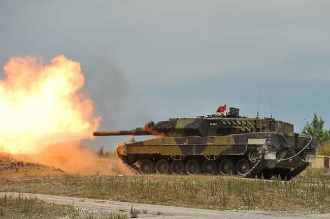 Leopard 2 is listed (or ranked) 1 on the list The Best Modern Battle Tanks