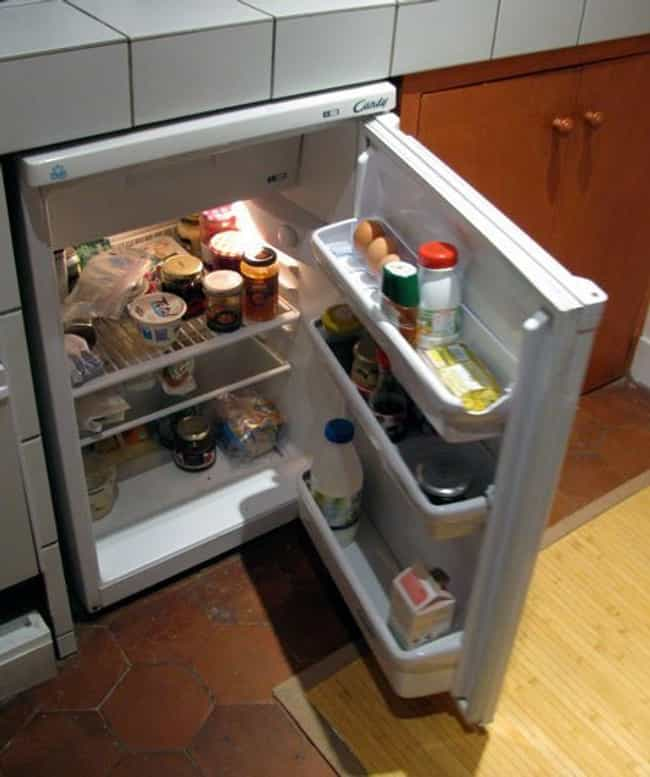 Gross Mini-Fridge is listed (or ranked) 2 on the list The Lamest Things You Probably Had in Your Dorm Room