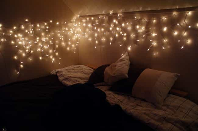 Year Round Christmas Lights is listed (or ranked) 3 on the list The Lamest Things You Probably Had in Your Dorm Room
