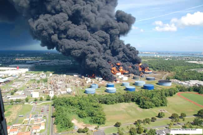 Cataño Oil Refinery Fir... is listed (or ranked) 4 on the list The Worst Explosions in History