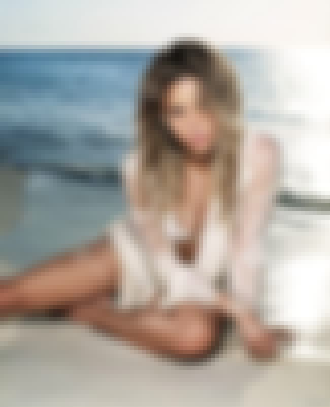 Shakira in her White Bikini on... is listed (or ranked) 4 on the list The Hottest Shakira Bikini Pictures