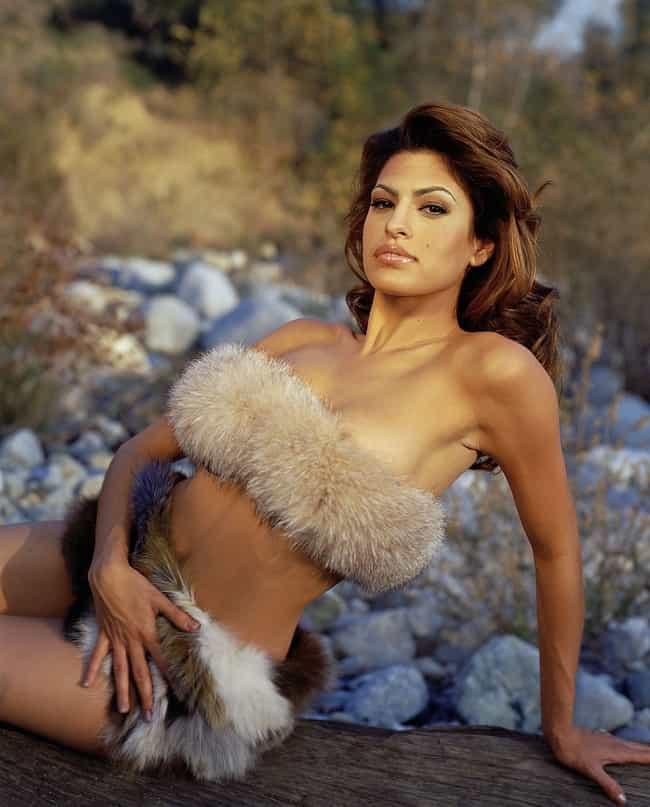 The Hottest Eva Mendes Bikini Pictures
