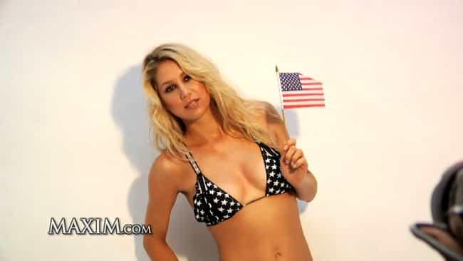 The Hottest Anna Kournikova Bikini Pictures