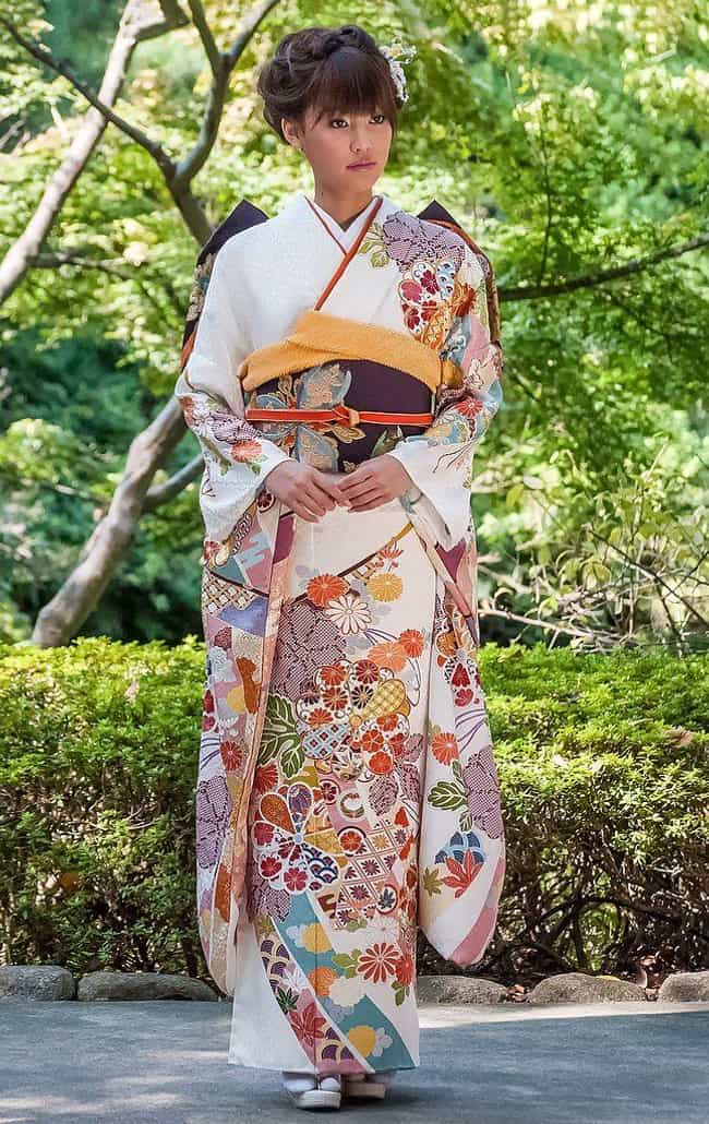 Japan - Iro-Uchikake is listed (or ranked) 4 on the list Wedding Dresses from Around the World
