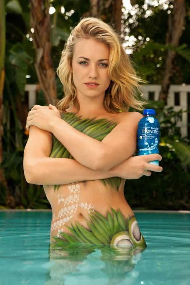 Yvonne Strahovski in her Palm Bikini