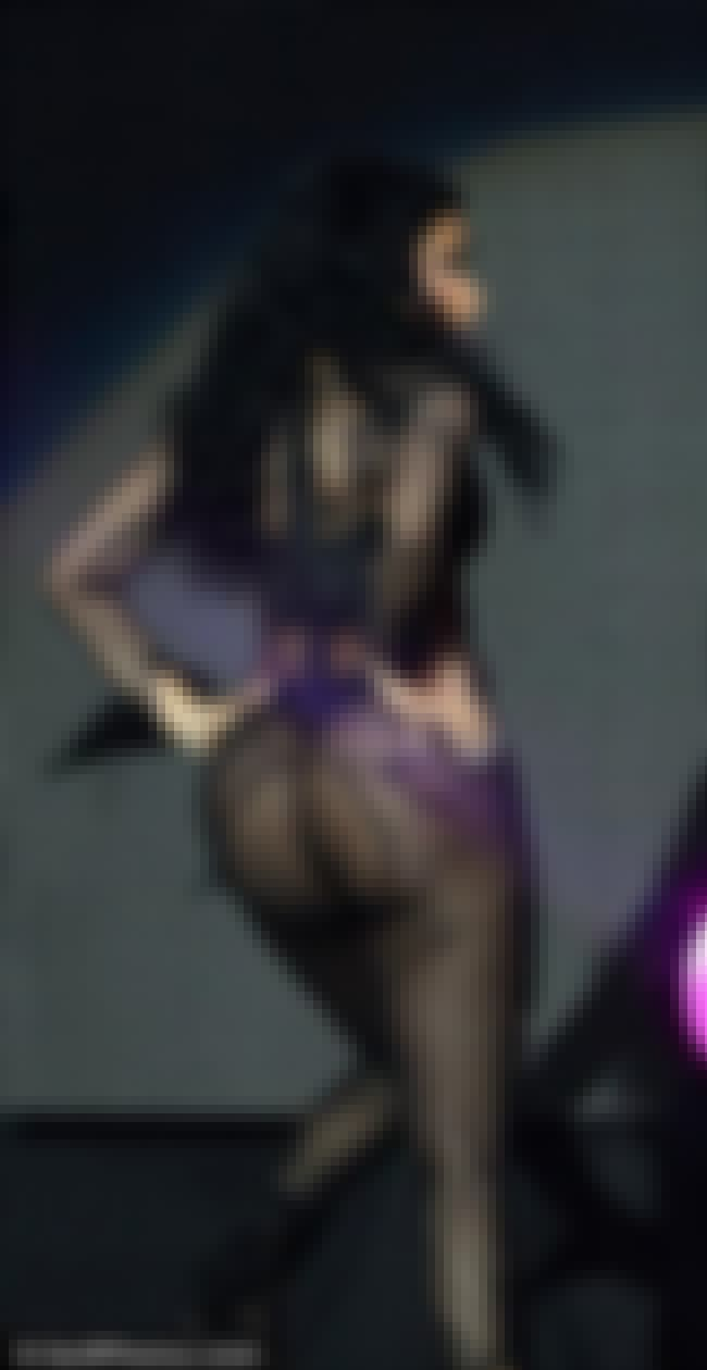 Nicki Minaj performing on Pink... is listed (or ranked) 4 on the list The Hottest Pictures of Nicki Minaj's Butt