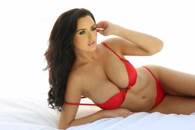 Abigail Ratchford is listed (or ranked) 2 on the list The Most Stunning Naturally Busty Models
