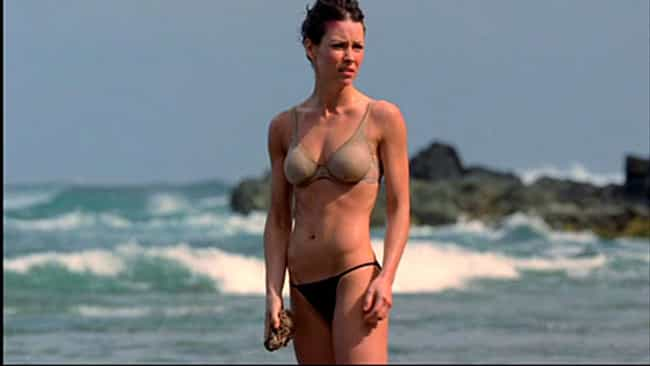 The Hottest Evangeline Lilly Bikini Pictures