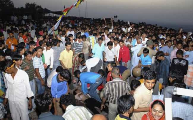 2008 Jodhpur Stampede is listed (or ranked) 4 on the list The Worst Human Stampedes