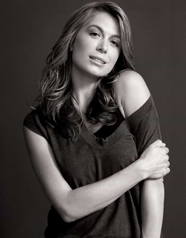 Sonya Walger off shoulder pose is listed (or ranked) 2 on the list The Most Stunning Sonya Walger Photos