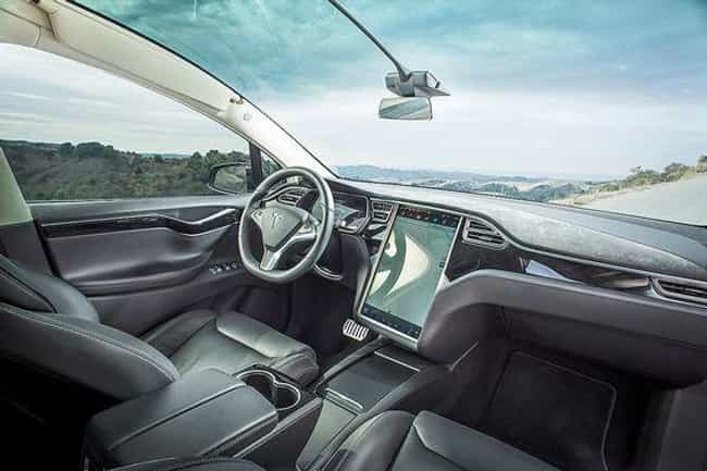 A Panoramic Windshield is listed (or ranked) 4 on the list The Most Ridiculous Features On The Tesla Model X