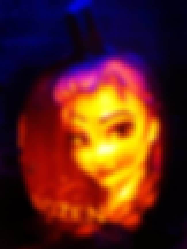 Elsa's Chilling Eyebrow Ra... is listed (or ranked) 3 on the list Pumpkin Carving Ideas for the Pop Culture Junkie