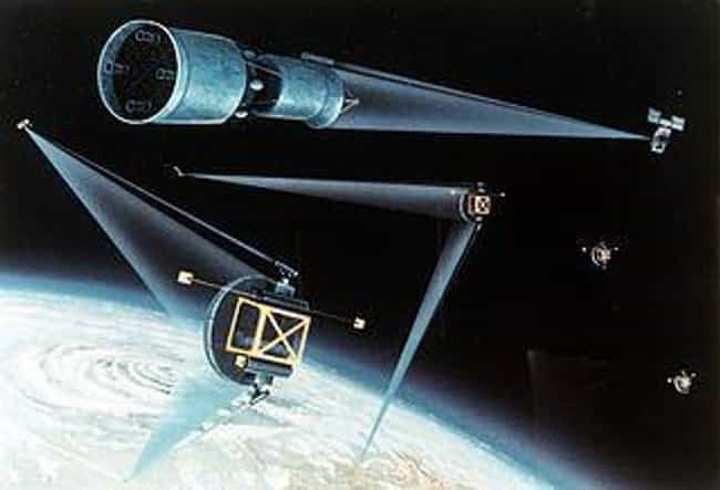Excalibur Space Laser is listed (or ranked) 2 on the list The Greatest Weapons That Never Saw Action