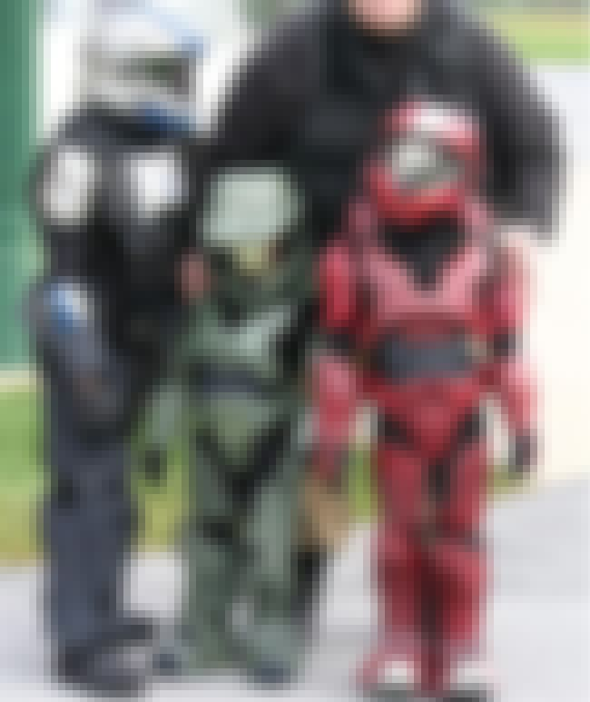 He Was a Total Bully as a Youn... is listed (or ranked) 3 on the list 15 Reasons Master Chief Is Kind of a D*ck