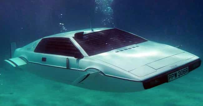 Lotus Esprit (Submarine) is listed (or ranked) 3 on the list The Coolest James Bond Gadgets