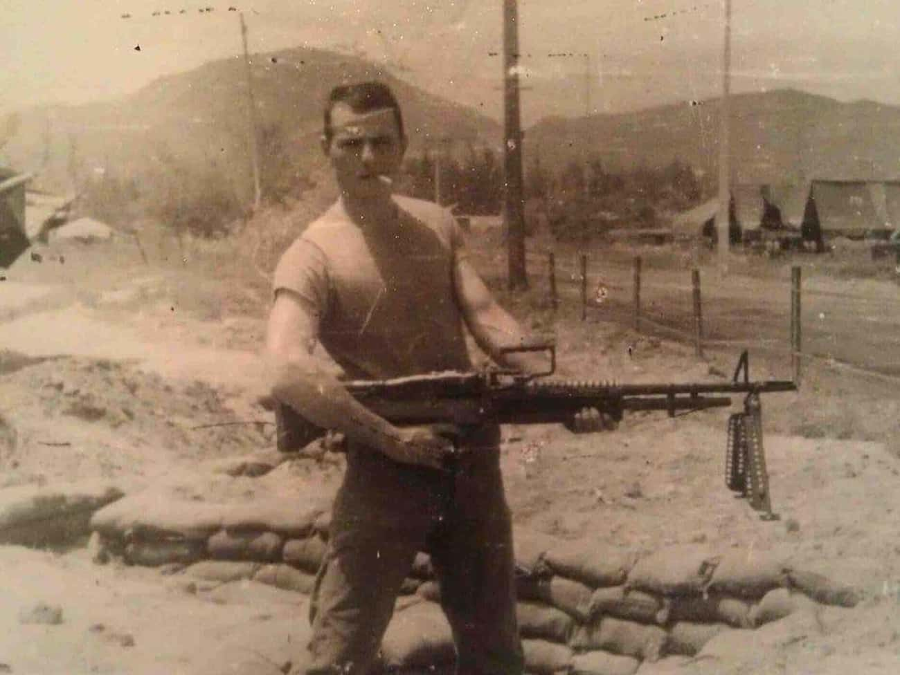 Holding An M-60 is listed (or ranked) 1 on the list Cool Old School Pictures From Vietnam