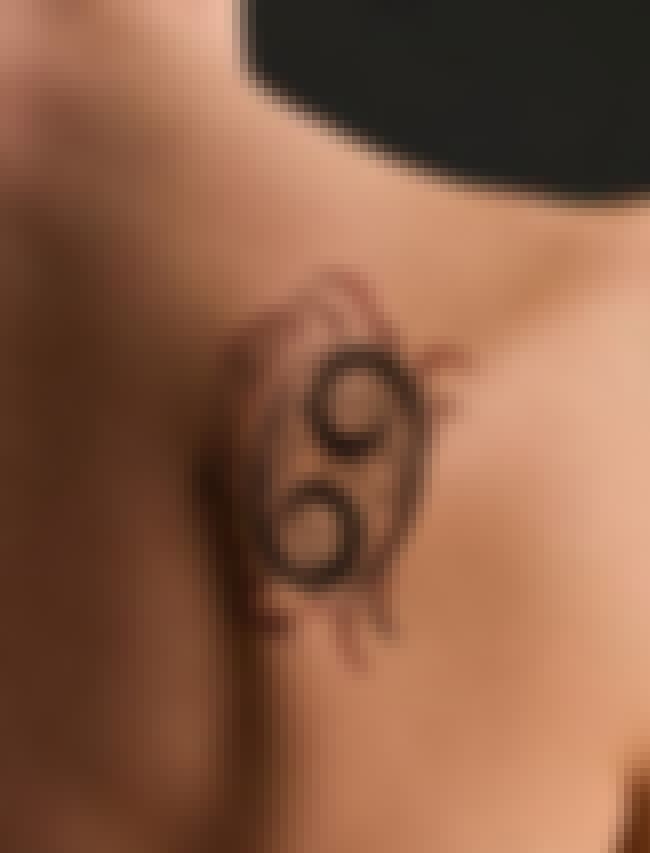 Symbol Makes Great Shell is listed (or ranked) 1 on the list Cancer Tattoo Designs