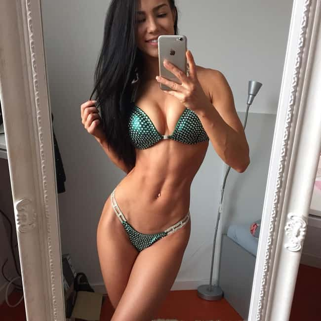A Quick Selfie is listed (or ranked) 8 on the list The Hottest Fitness Babes of All Time