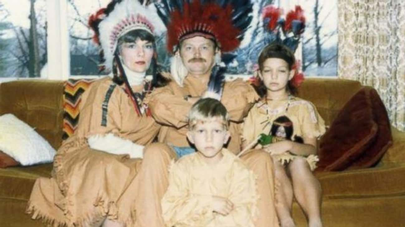 """Nothing Says """"Authentic Th is listed (or ranked) 3 on the list Awkward Family Photos: Thanksgiving Edition"""
