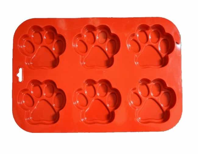 Paw Print Muffin Pan is listed (or ranked) 3 on the list Gifts for People Who Love Their Dogs