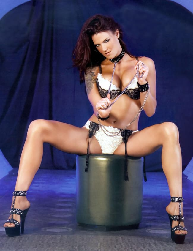 Lita Posed Sexy In A Photoshoo Is Listed Or Ranked