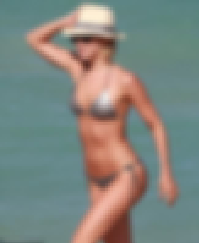 We'd give her the gold is listed (or ranked) 1 on the list The Hottest Julianne Hough Bikini Pictures