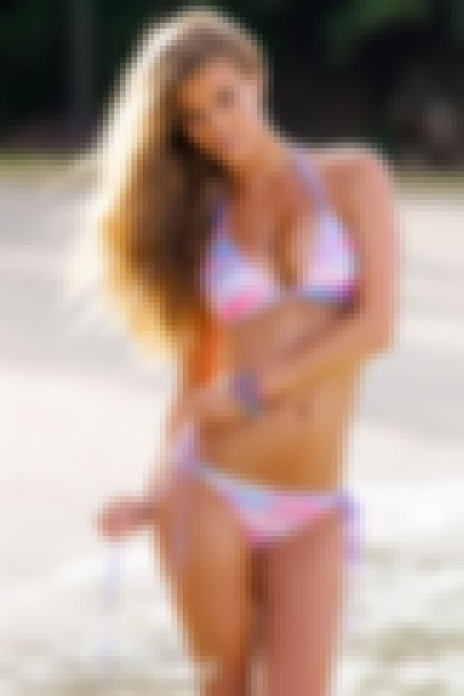 Nina adjusts her bikini bottom... is listed (or ranked) 3 on the list The Hottest Nina Agdal Bikini Pictures