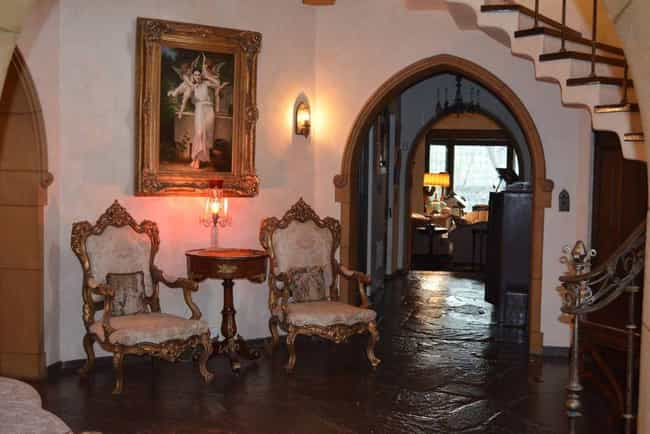La Canada Estate: Flintr... is listed (or ranked) 2 on the list Creepy Places You Can Actually Rent on Air BNB