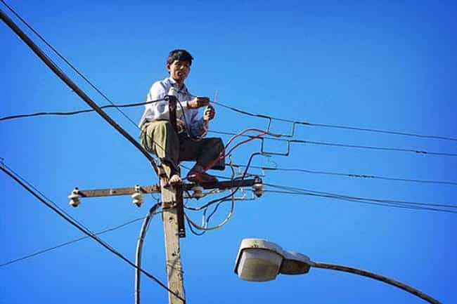 Will the Electricity Get Him F... is listed (or ranked) 1 on the list Unsafe Construction Photos of People Who May Be Dead Now