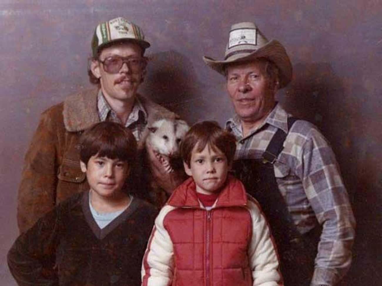 Oh the Family Photo Possum-bilities