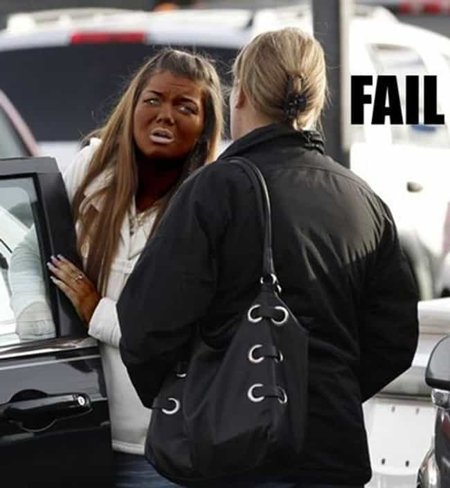 Never Go Full Oompa Loompa is listed (or ranked) 2 on the list Spray Tan Fails That Will Give You Nightmares