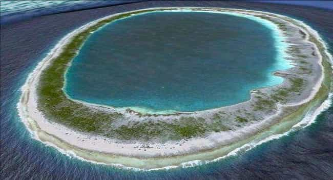 Manuhangi Atoll in the South P... is listed (or ranked) 1 on the list The Most Beautiful Circles Made by the Earth