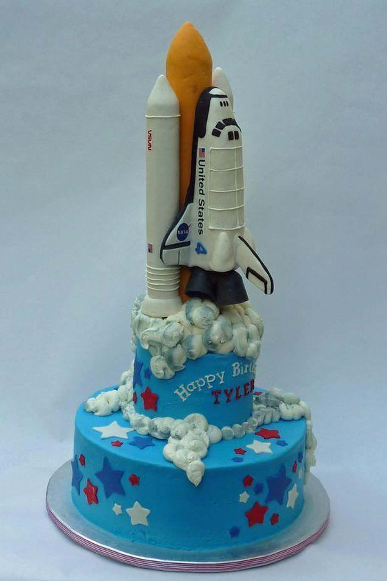 Houston, We Have a Cake is listed (or ranked) 1 on the list 36 Space Cakes That Are Out of This World