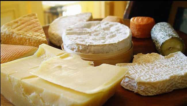 This Sampling That's Aged ... is listed (or ranked) 2 on the list 26 Cheese Plates You Won't Be Able to Resist