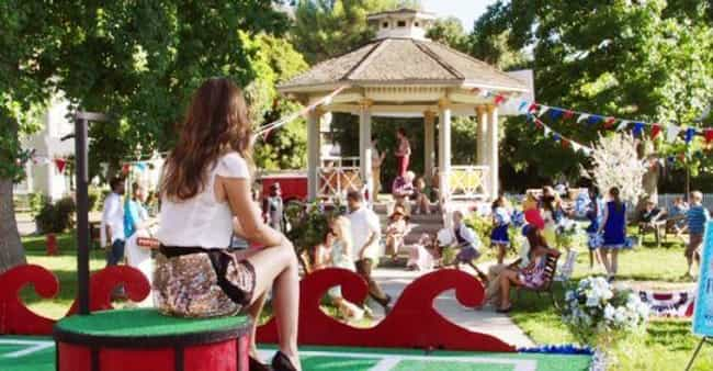 Bluebell is listed (or ranked) 4 on the list The Best Small Towns in Television History