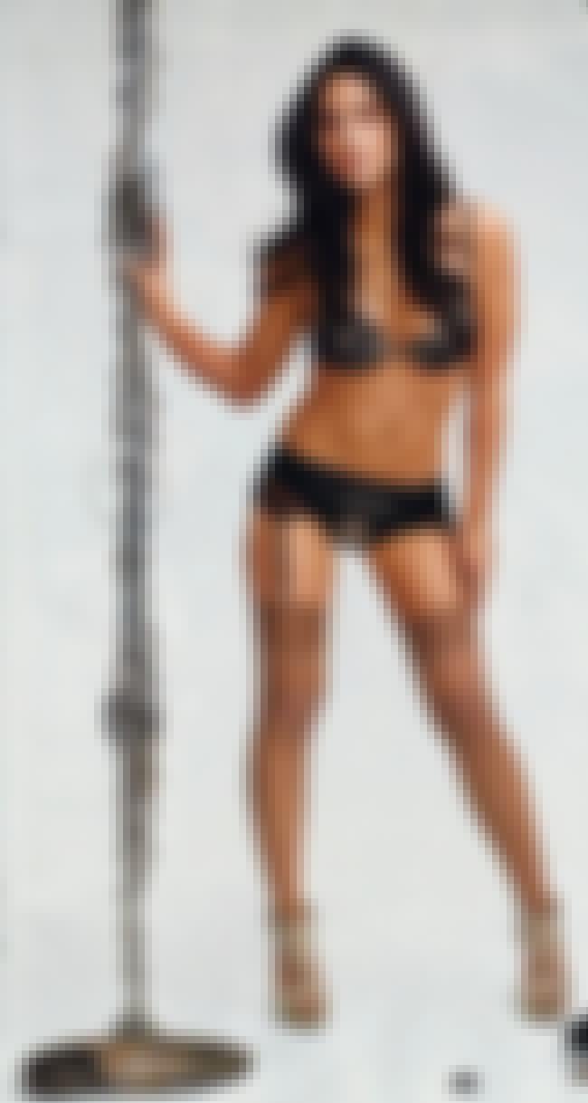 Break the chain is listed (or ranked) 4 on the list The Hottest Olivia Munn Bikini Pics
