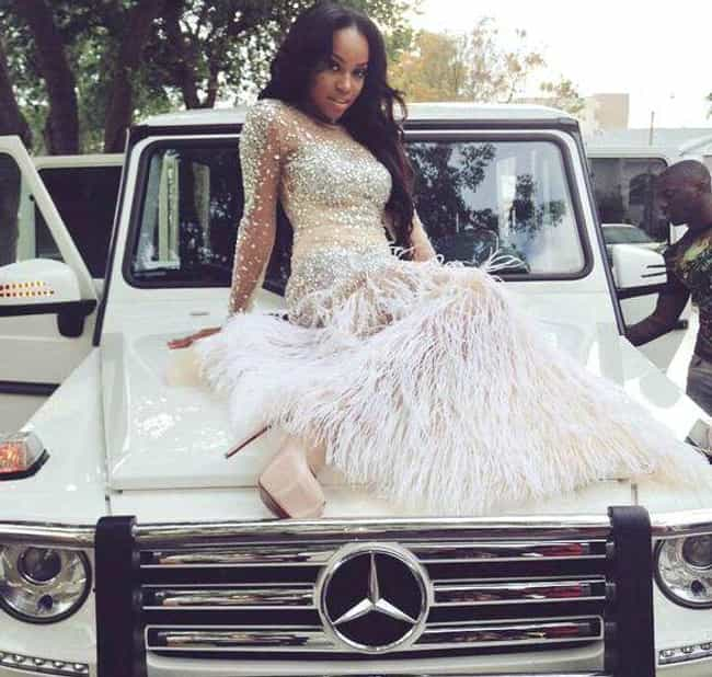 When Your Dress Matches ... is listed (or ranked) 4 on the list 20 Rich Kid Prom Pictures That Will Leave You Utterly Depressed