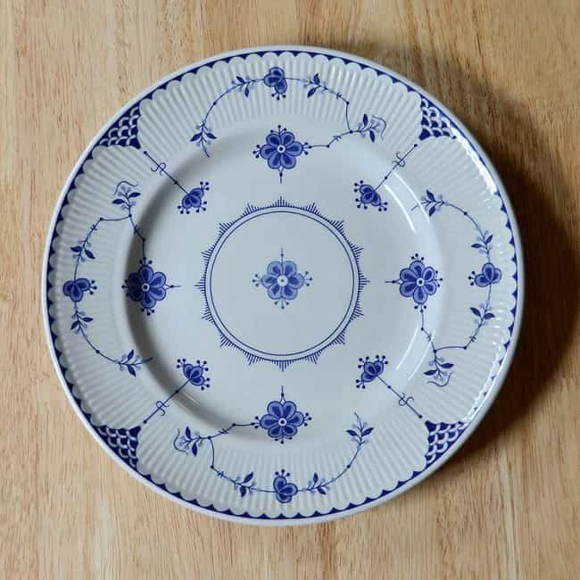 Breaking Plates is listed (or ranked) 3 on the list 21 Things You're Doing Without Knowing They Give You Bad Luck