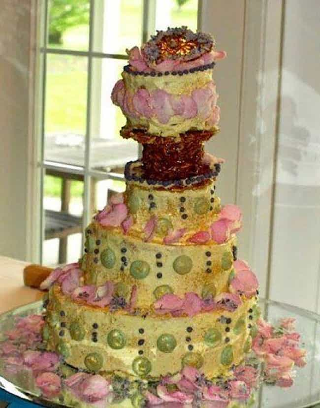 Are There Pickles Lining... is listed (or ranked) 1 on the list 31 Cringe-Worthy Wedding Cake Fails
