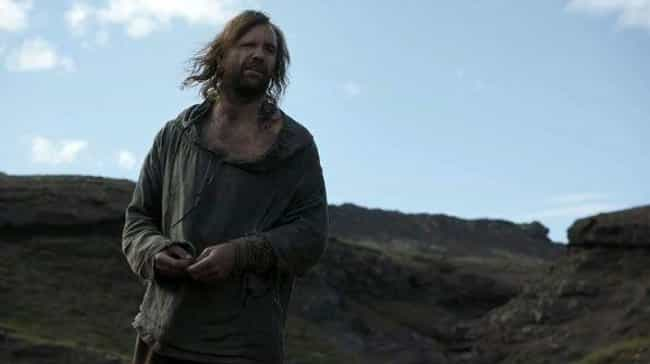 The Hound Is Actually a Graved... is listed (or ranked) 3 on the list Clues That the Hound May Not Be Dead